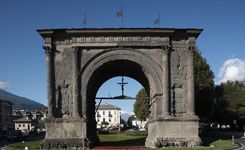 Arco d'Augusto in Aosta - Aosta Valley